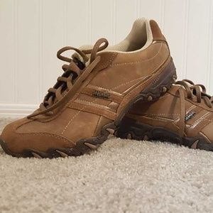 Sketchers Relax Fit sneakers